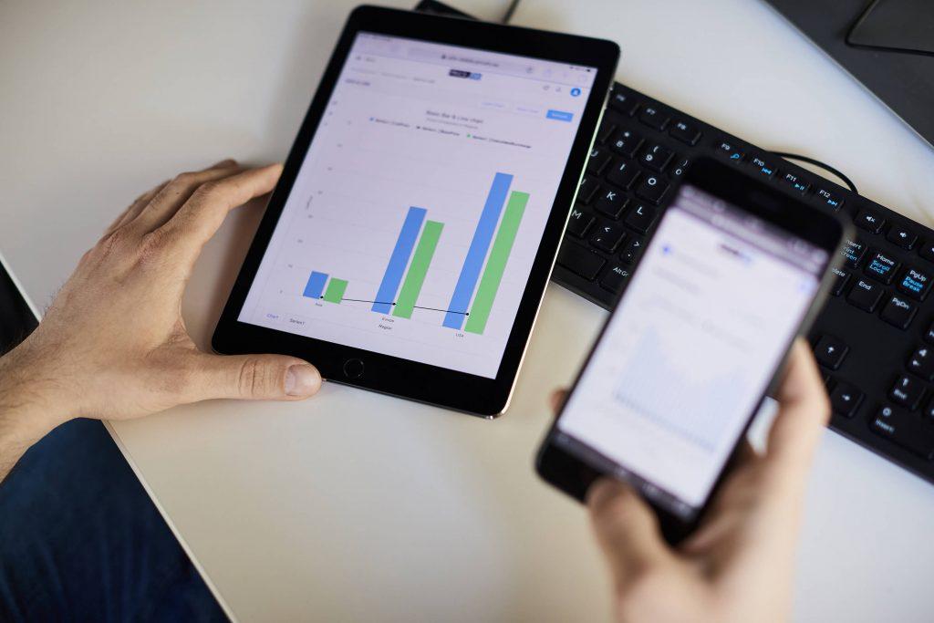 tablet_phone_graphs